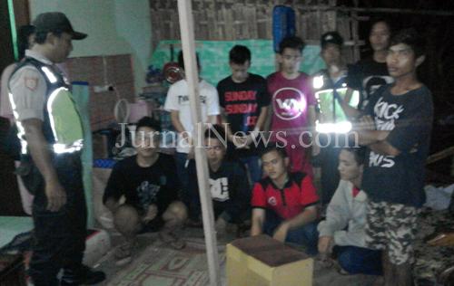 Mabuk dan Ribut di Kampung, 10 Remaja Digerebek Polisi