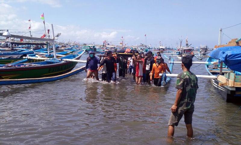 Nelayan Korban Perahu Terbalik di Grajagan Ditemukan Tewas